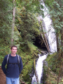 Muirhut falls in the Olympic Mountains